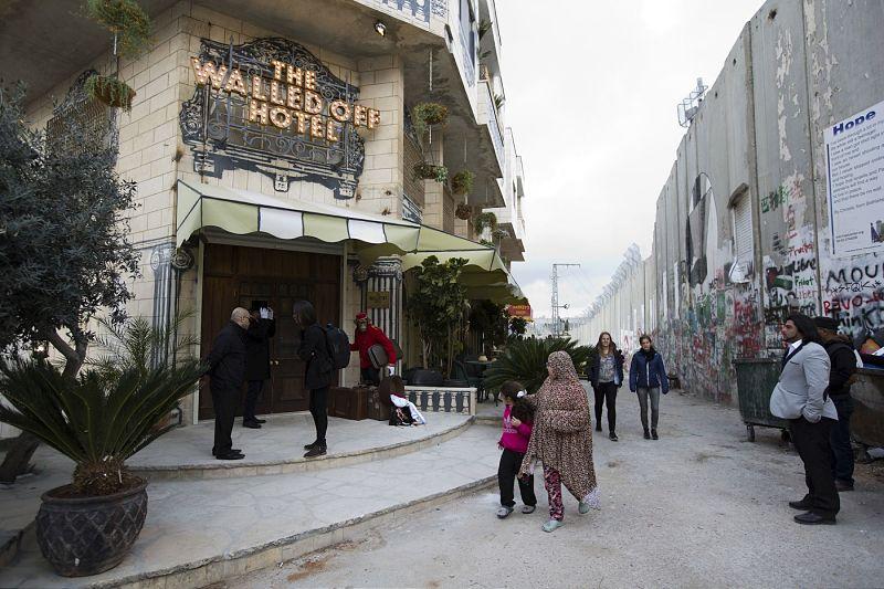 banksy-hotel-fachada